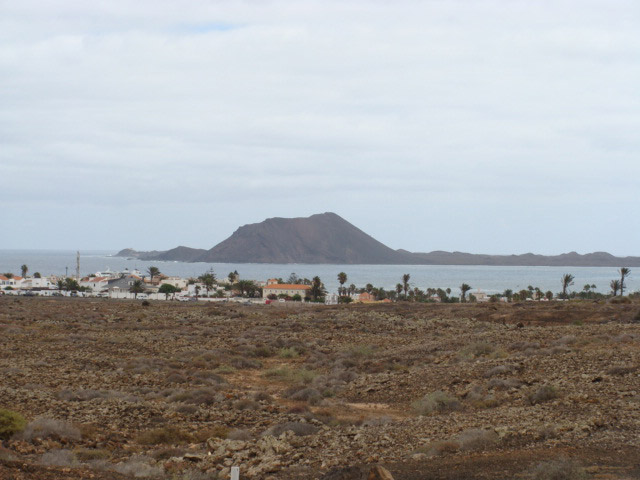 Sale of urban plots with sea view in Corralejo for to built one house