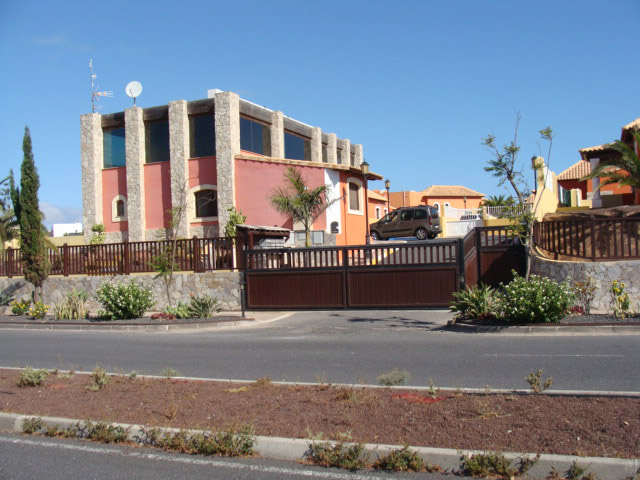 Unique property building for sale at in Corralejo