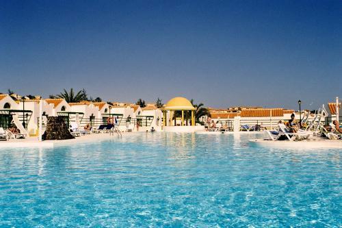 Tourisic Hotel complex in Caleta de Fustes for sale