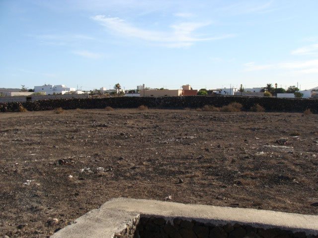 We sell a plot of 1000m2 in Lajares  Fuerteventura