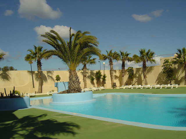 We sell a duplex with 1 bedroom at Parque Holandes withn pool