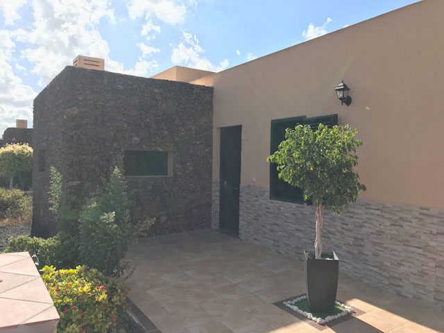 Villa for sale at urbanisation Tamaragua in Corralejo Fuerteventura