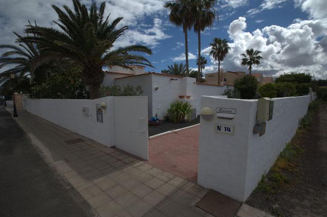 For sale! Stylish villa near the beach of Corralejo