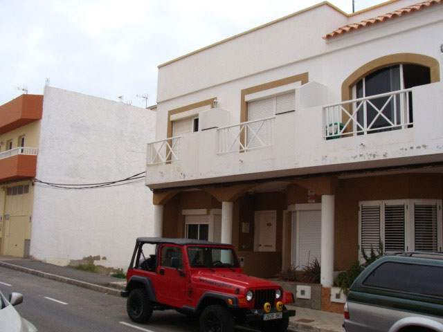 FOR SALE! DUPLEX HOUSE IN PUERTO DEL ROSARIO