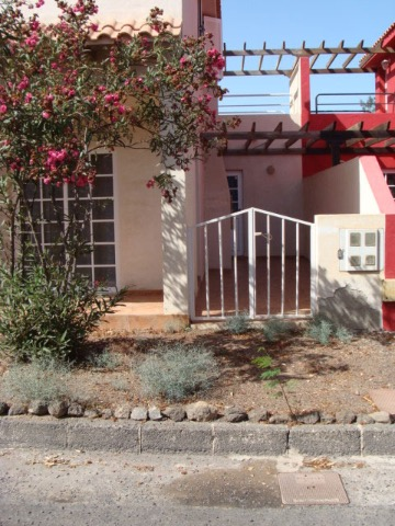 For Sale! A newly renovated villa with communal pool in Parque Holandes, Fuerteventura