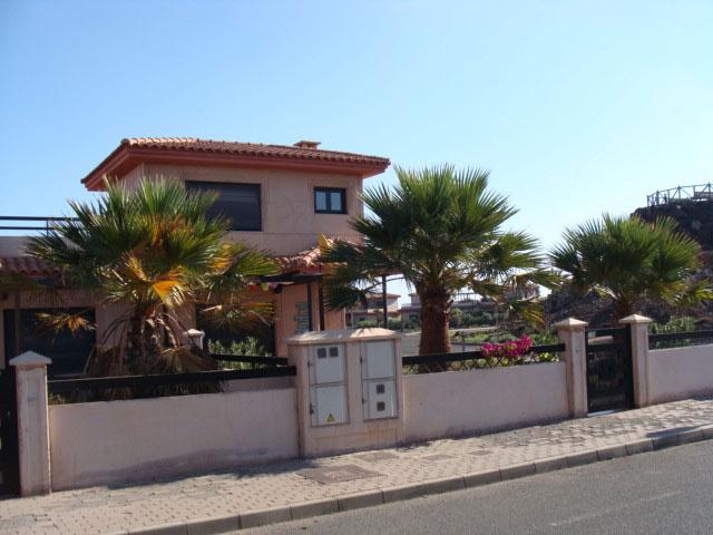 Im Verkauf! Schönes Chalet in der Wohnsiedlung Origo Mare an der Küste von Lajares, Fuerteventura