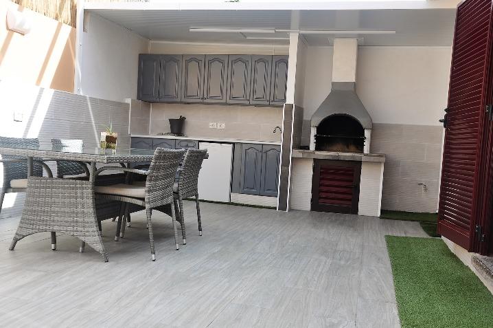 For Sale! A Spectacular Villa in the urbanization of Tamaragua, near Corralejo.