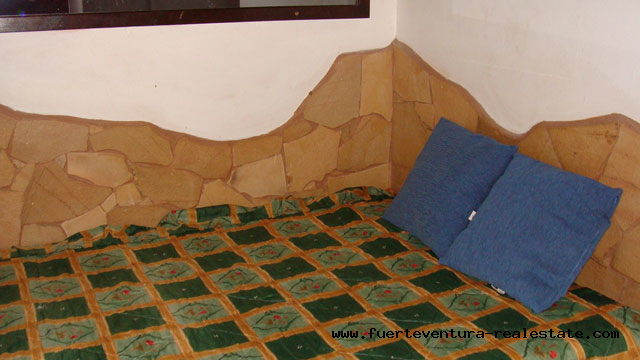 Nous vendons une entreprise commerciale très bien situé à Corralejo à Fuerteventura