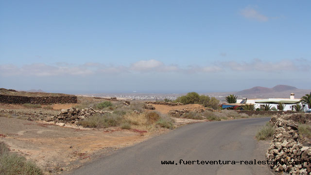 We sell urban land with sea view in Villaverde on Fuerteventura