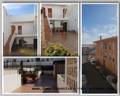Im Verkauf! Helle 3-Zimmer-Wohnung in der Innenstadt von Corralejo