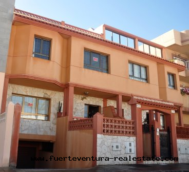 For Sale! Spacious duplex with garage and storage in one of the most popular areas of Corralejo, Bristol.