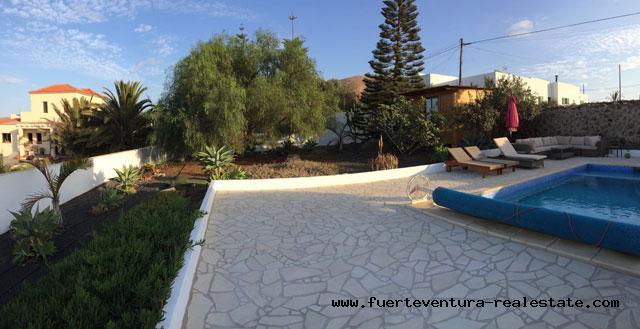 À vendre! Une villa de charme avec piscine chauffée à Villaverde sur Fuerteventura