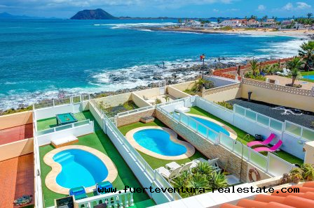For sale! Spectacular villa by the sea in Corralejo,Fuerteventura!