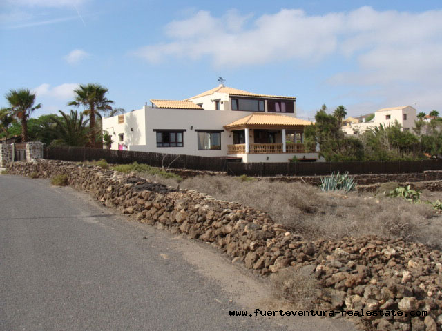 For sale!  Plot of 6288 sqm  in Villaverde overlooking the sea & the island of Lanzarote.