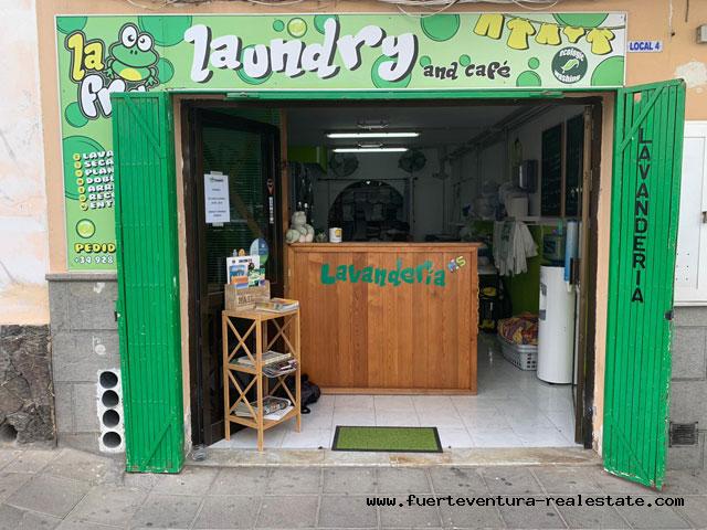 Commerciële overdracht! Goedgaande wasserij in Corralejo