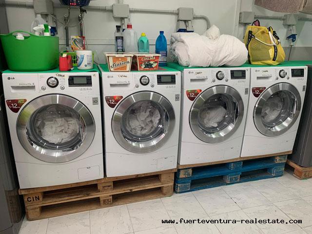 Gewerbeübertragung! Gutgehende Wäscherei in Corralejo