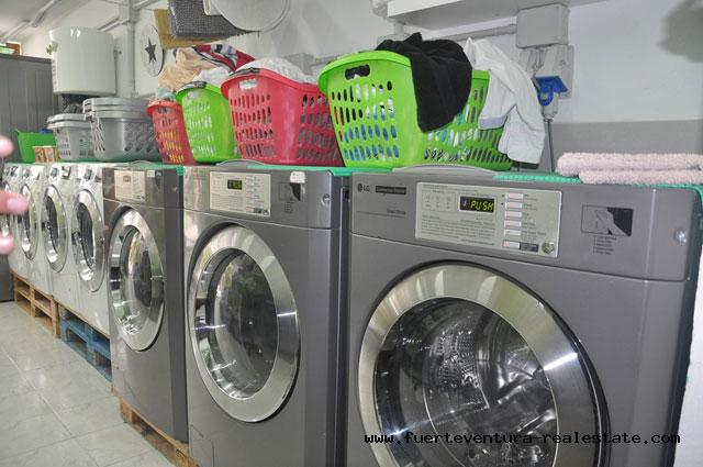 Commercial Transfer! Good working Laundry in Corralejo