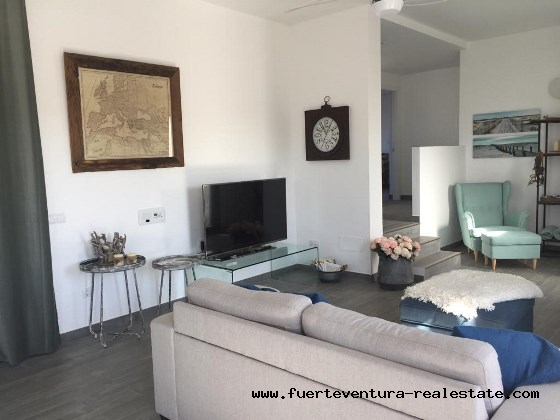 For sale! Beautiful villa with pool in the village of Lajares