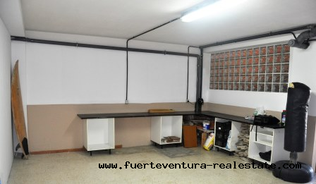 À vendre! Spacieux duplex avec 4 chambres dans le quartier de Bristol à Corralejo