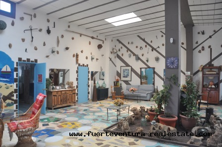 In vendita! Bellissima villa vicino al mare nel bellissimo villaggio di Las Playitas, Fuerteventura