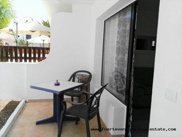 For Sale! Cozy Apartment with private Terrace, in a Residential with Community Pool.