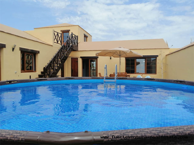 Im Verkauf! Ein großes Landhaus im kanarischen Stil im Dorf Villaverde