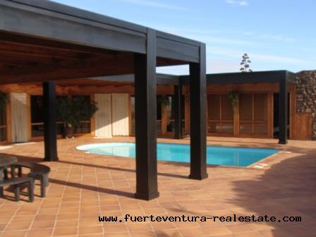 Nous vendons une propriété unique à Los Risquetes à Fuerteventura