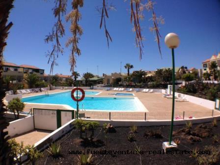 Si vende! Bellissimo appartamento con piscina comune a Costa de Antigua