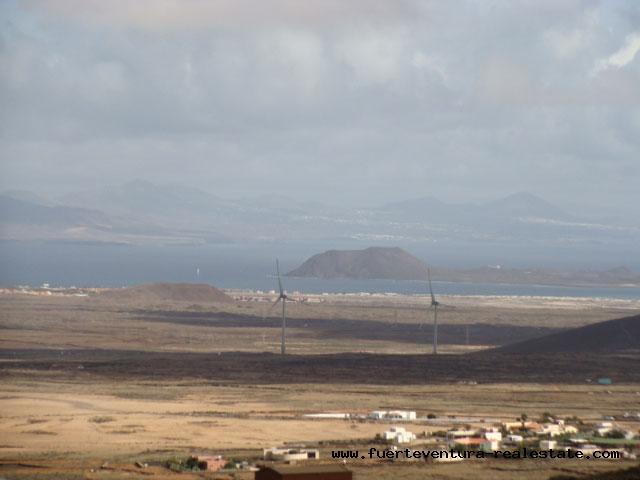 Mooi klein landhuis met panoramisch uitzicht op El Cotillo, Corralejo, Los Lobos en Lanzarote