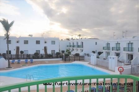 For sale! Apartment with pool view in the San Valentin residential complex in Corralejo.