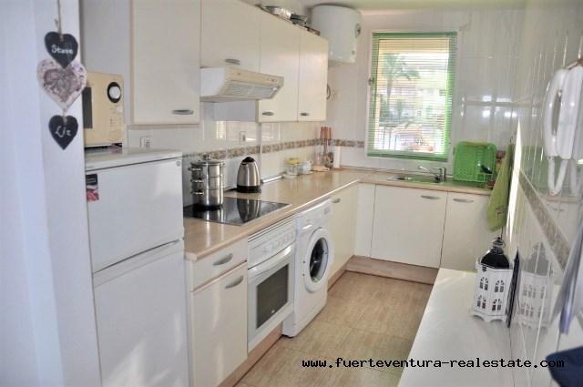 Im Verkauf!  Apartment mit 2 Schlafzimmer und Meerblick in La Caleta, Parque Holandes