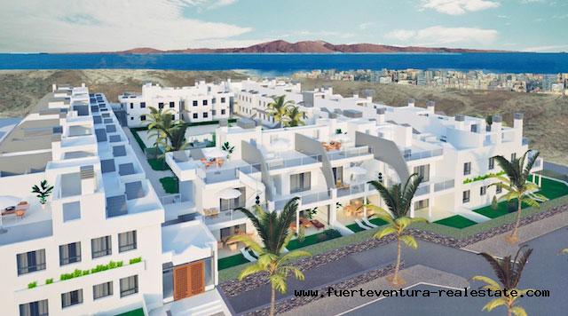 En vente! Terrain pour utilisation dans un immeuble résidentiel à Corralejo, Fuerteventura