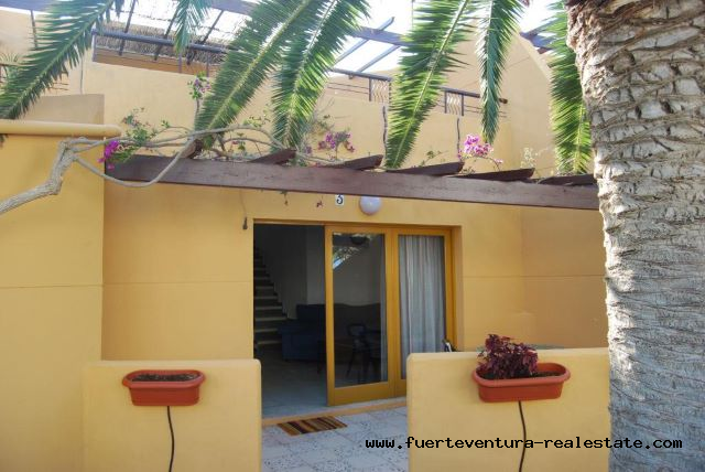 À vendre! Bel appartement de 3 chambres dans le complexe Los Pinos à Corralejo.
