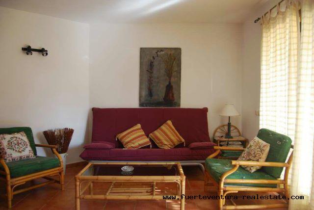 Im verkauf! Schöne Wohnung mit 2 Schlafzimmern in der Anlage Los Pinos in Corralejo.