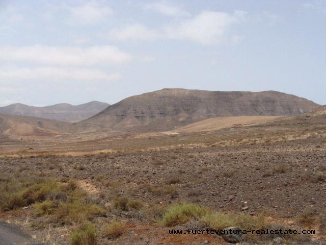 Wir verkaufen ein urbanes Grundstück mit Meerblick in La Asomada Fuerteventura