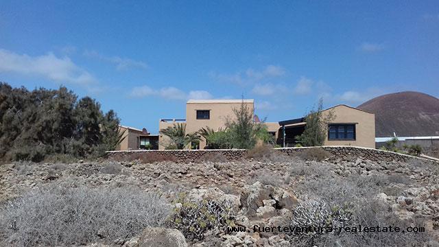 À vendre! Une belle villa rustique bien située dans le village de Lajares à Fuerteventura