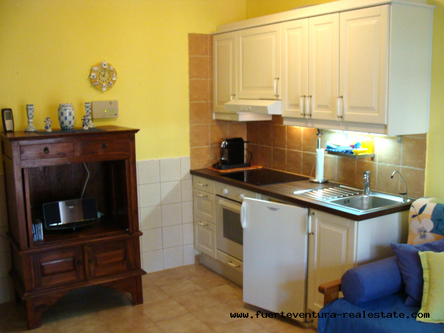 For sale! A beautiful well-kept apartment with community pool in Parque Holandes on Fuerteventura