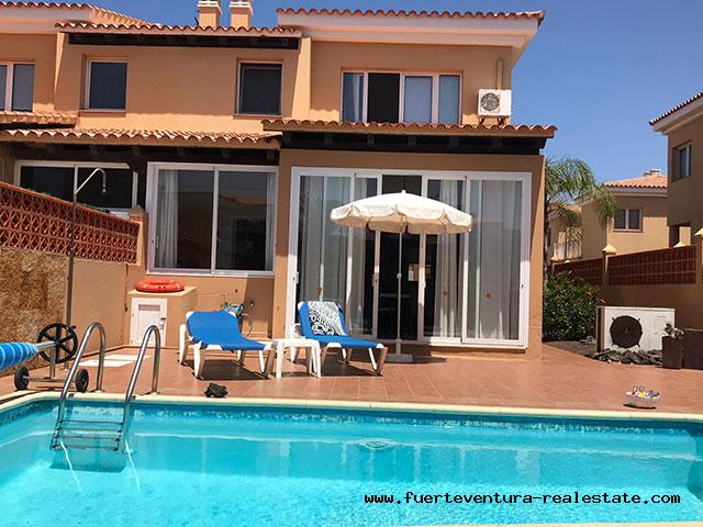 For sale! Beautiful villa in the residential area of Las Margaritas in Corralejo, Fuerteventura.