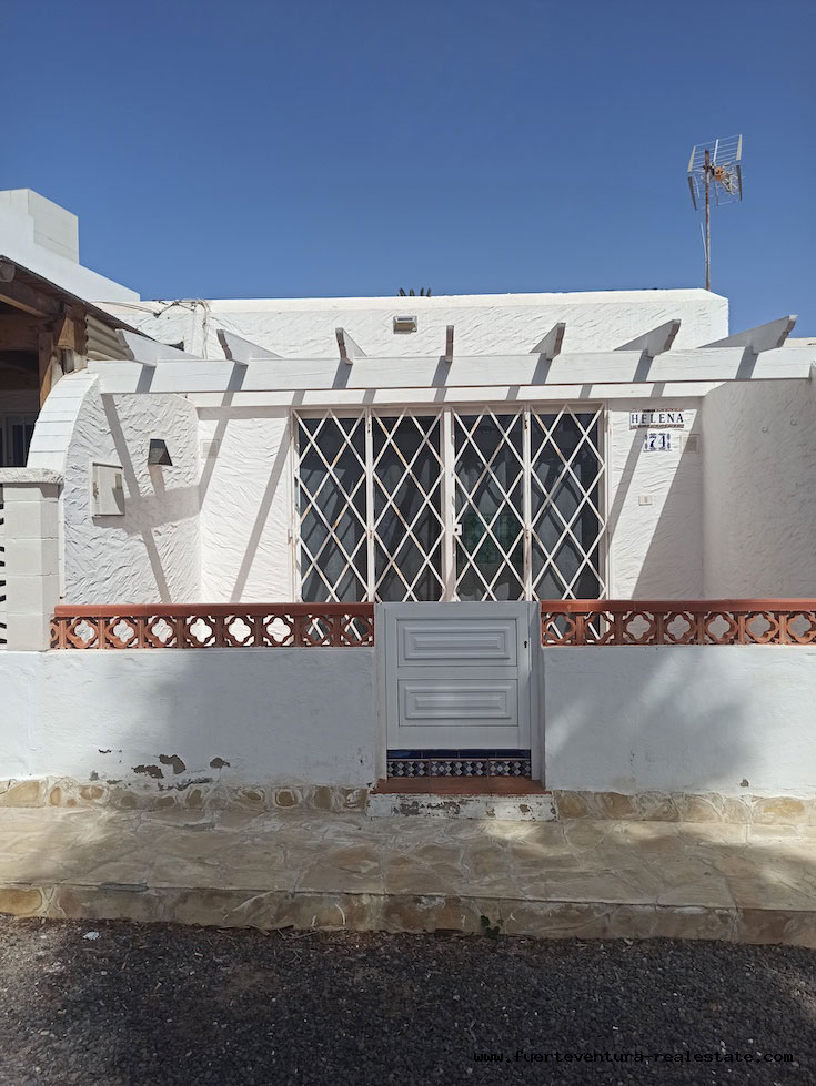 For sale! Apartment in Hoplaco, residential area in the heart of Corralejo and by the sea.