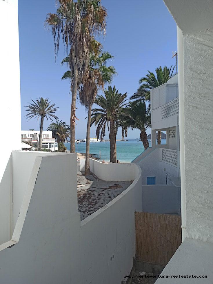 À vendre! Appartement à Hoplaco, un complexe résidentiel au coeur de Corralejo et directement sur la mer.