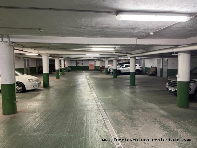 We huren een garageplaats voor een auto in Puerto Lajas Fuerteventura