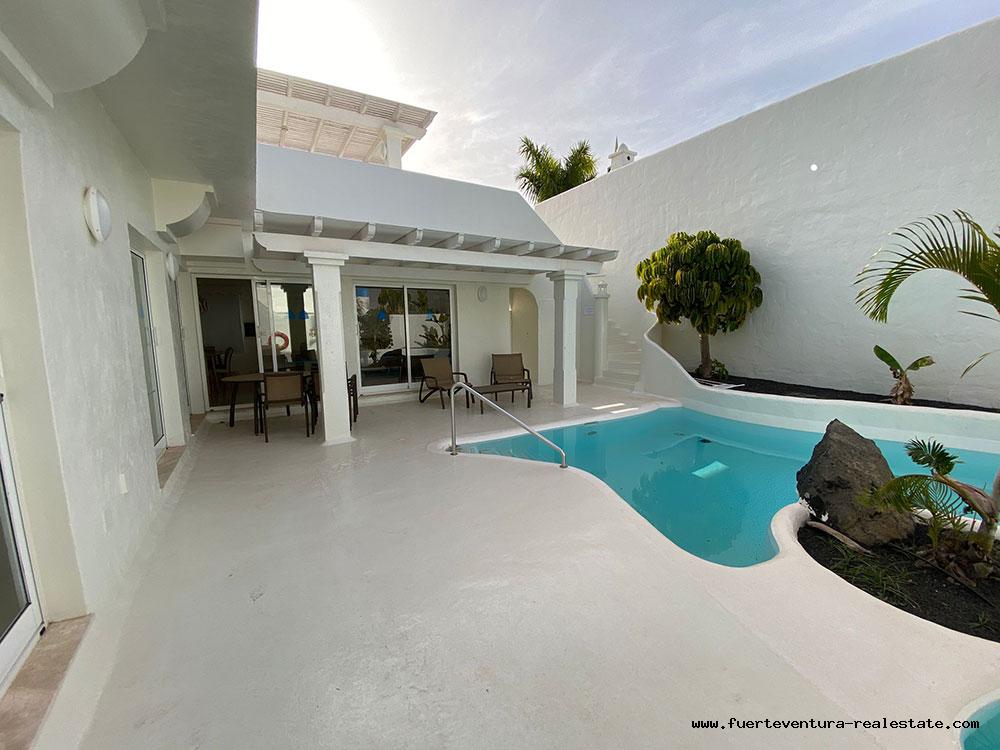 Zu verkaufen! Luxusvilla in Bahia Azul in Corralejo auf Fuerteventura