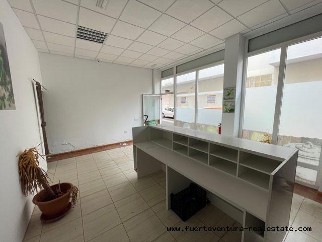 Wir vermieten ein Geschäftslokal mit guter Lage in Puerto del Rosario Fuerteventura