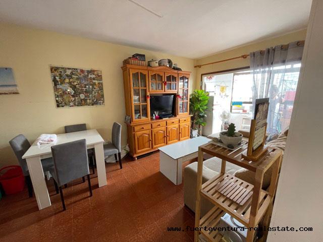 Nous vendons un appartement 1 chambre situé au centre de Corralejo