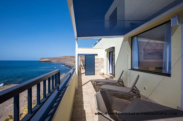 Precious house in front of the sea for sale in Lalajita Fuerteventura